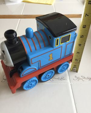 Thomas train / 2 setting that's talks with sound and moves around for Sale in Hawthorn Woods, IL