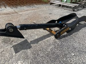 Hydraulic Thumb Excavator for Sale in Fort Lauderdale, FL