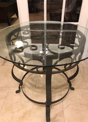 """30"""" Round Glass Top DiningTable, Entry Way Table, Outdoor Table for Sale in Odessa, FL"""