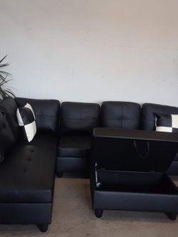 Sofa secsional. Disponible for Sale in Los Angeles,  CA
