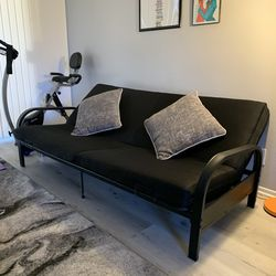 Black Futon Couch (Pillows Included) for Sale in Long Beach,  CA