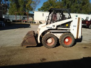 743 bobcat de diesel 951*581-2834 for Sale in Perris, CA