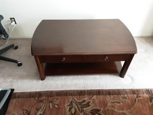 Bassett Coffee Table and One End Table for Sale in Daly City, CA