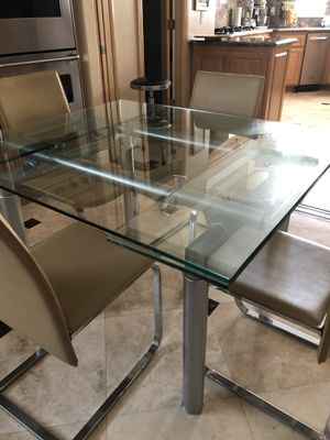 Modern kitchen table for Sale in San Dimas, CA