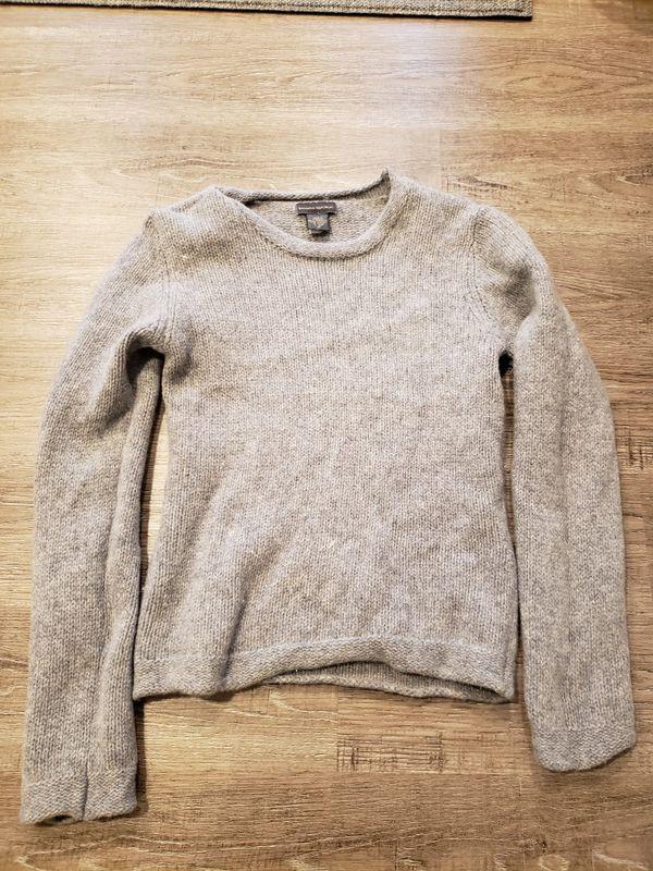 BANANA REPUBLIC Women size M sweater