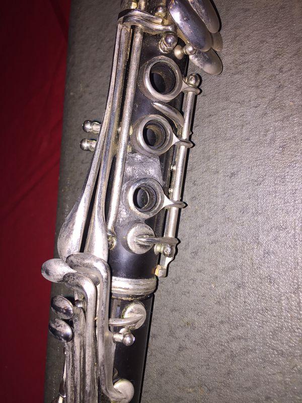 Conn director USA clarinet