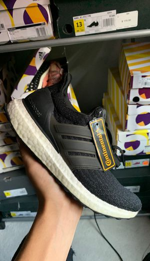 ADIDAS ULTRABOOST BLACK SIZE 5.5 WOMEN'S for Sale in Norton, MA