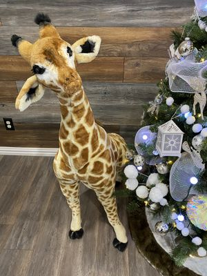 Giant giraffe for sale maybe for Christmas gift!!! for Sale in Mesquite, TX