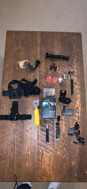GoPro hero 4 session with a bundle of 10+ accessories for Sale in Atlanta, GA