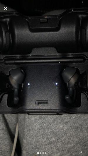 Bose Bluetooth wireless headphones for Sale in Santa Cruz, CA