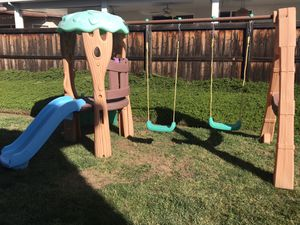 Little Tikes Tree House Swing Set for Sale in Wildomar, CA