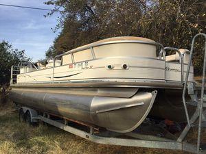 Regency pontoon boat for Sale in Penn Valley, CA