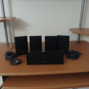 Set Of 5 Sony Surround Sound Speaker System SS-CT101 Center / SS-TS102 (4) . for Sale in Miami, FL