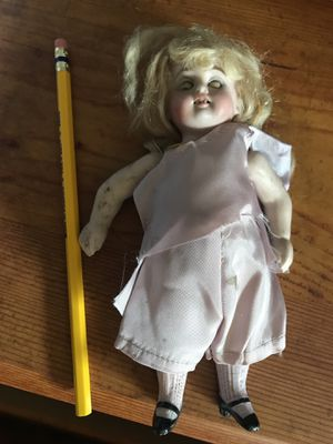 100 yr old Porcelain doll for Sale in Kenmore, WA