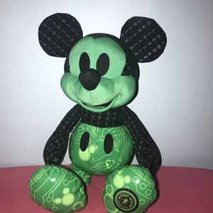 Disney Collectible Mickey Mouse Plush Memories Limited Edition October for Sale in Des Plaines, IL
