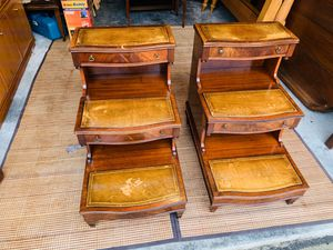 Antique Lexington Mahogany Inlaid Leather Top Steps Nightstands Tables for Sale in Mukilteo, WA