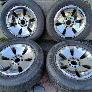 Ultra 18x9 inch chrome wheels. 6 lug Chevy, GMC, Nissan for Sale in Montebello, CA