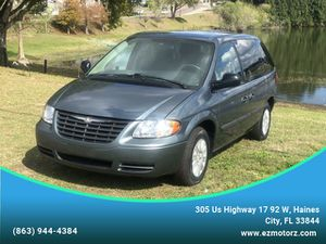 2007 Chrysler Town & Country SWB for Sale in Haines City, FL