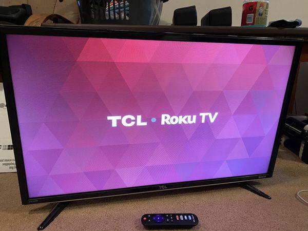 "32"" TCL Roku TV (2015) Model 32S3800"
