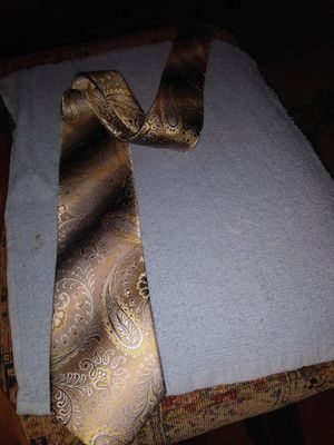 Men's Van Heusen silk tie for Sale in Aberdeen, WA