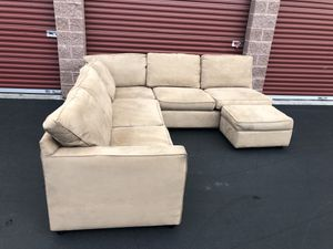Very nice Crate and Barrel sectional for Sale in Bothell, WA