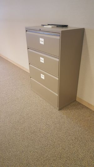 Beige 4-drawer file cabinet for Sale in Lithonia, GA