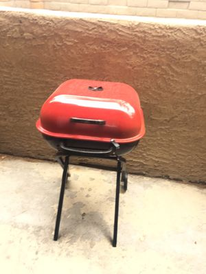 Red and black fold up Grill for Sale in Las Vegas, NV