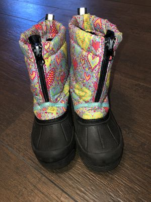 Thinsulate snow boots for Sale in Encinitas, CA