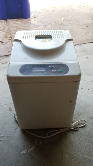 Bread maker for Sale in Upland, CA