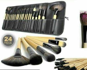 24 brushes in case new for Sale in Media, PA