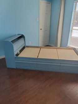 Twin Bed for Sale in Fort Worth,  TX