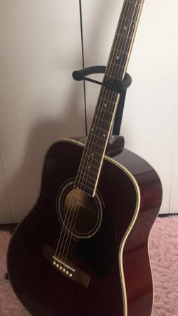 Maroon Acoustic Guitar for Sale in Grand Prairie,  TX