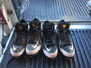 Nike baseball shoes 10 10.5 25 each or two for 40 for Sale in Apple Valley, CA