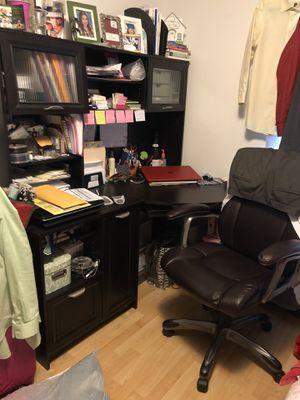 Espresso desk with hutch and chair. for Sale in Miramar, FL