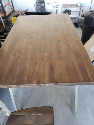 Kitchen Table with 4 chairs for Sale in Romoland, CA
