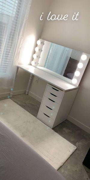 Vanity Desk/Mirror for Sale in Houston, TX