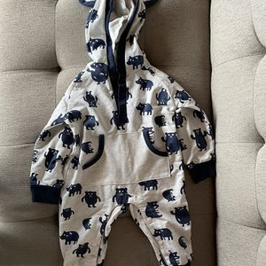 Bear Print Outfit for Sale in Maywood Park, OR