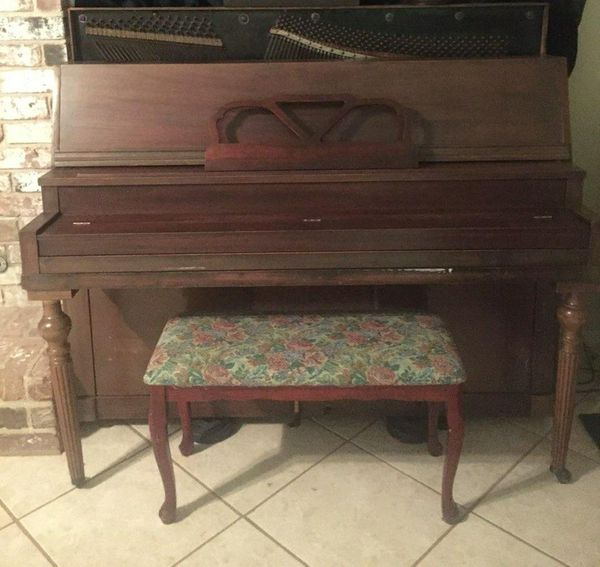 Free antique piano