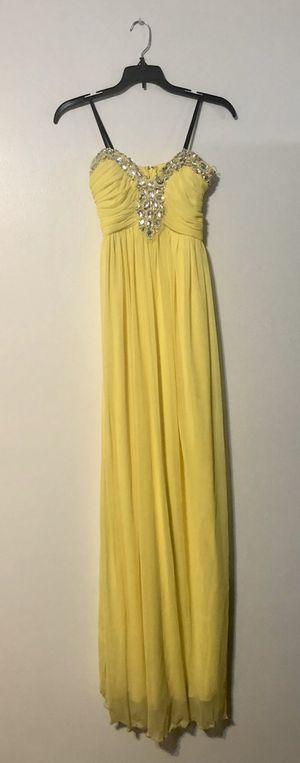 YELLOW CINDERELLA DRESS for Sale in Las Vegas, NV