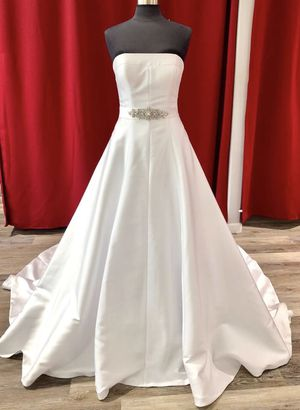 Brand New A-line Wedding Dress for Sale in Concord, CA