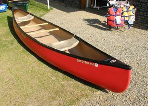 Old town Discovery 158 vintage canoe for Sale in New Bedford, MA