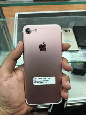 iPhone 7 128gb unlocked for Sale in The Bronx, NY