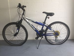 Trek MT 220 Boys Mountain Bike for Sale in Tampa, FL