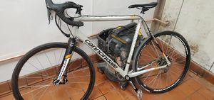 Cannondale road bike for Sale in Hughson, CA