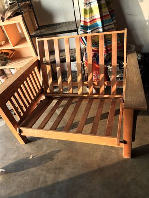 Futon chair for Sale in Bell Gardens, CA