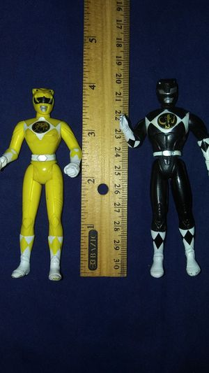 90's pre-owned yellow and black Power Rangers figures for Sale in East Los Angeles, CA