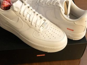 Nike AF1 Low Supreme White for Sale in Bellevue,  WA