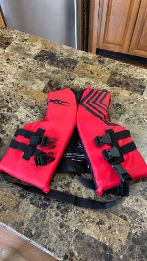 Free Water life vest for Sale in Boston, MA