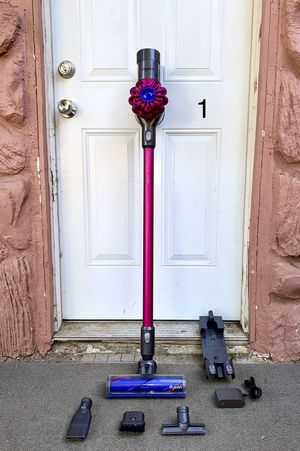 Dyson V6 Motorhead + Handheld Stick Cordless Vacuum Cleaner w/ all attachments for Sale in El Cajon, CA