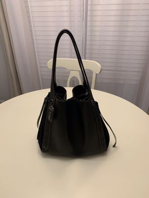 Coach bag for Sale in Mount Laurel Township, NJ